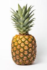 Ananas weißer Hintergrund