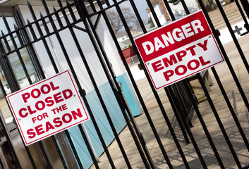 Warning Sign for Empty Swimming Pool