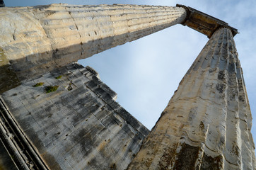 Les colonnes du temple d'apollon dans Didymes