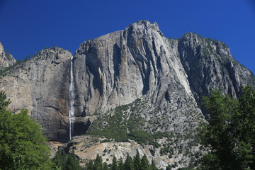 Wasserfall im Yosemite Valley im Sommer 2010