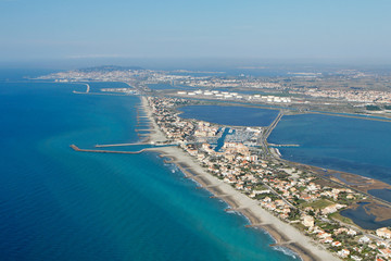 vue aérienne de Frontignan-Plage (34)