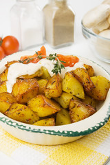 Roasted potato with creamy sauce