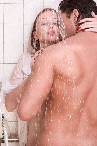 Two naked lesbians Gia Steel and Khole Kush take a shower together  95451