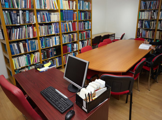library books and computer education