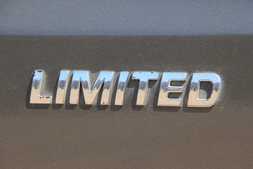 Надпись на автомобиле