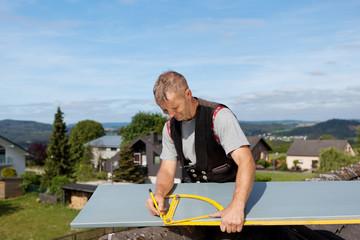 arbeiten auf dem dach