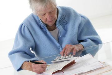 troisième age-réglement des factures