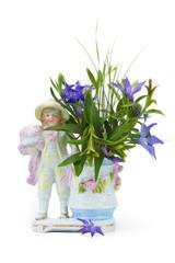 Retro vase with violets