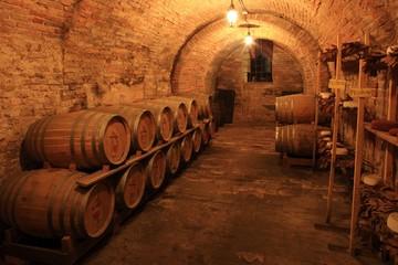 Weinkeller Barrique Holzfässer, Montepulciano, Italien
