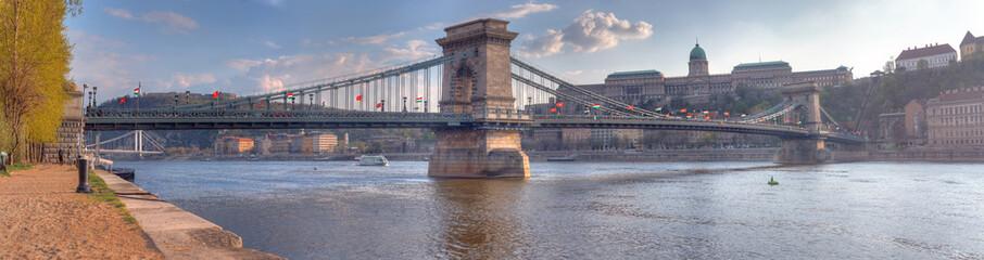 Printed kitchen splashbacks Budapest The Szechenyi Chain Bridge, Budapest