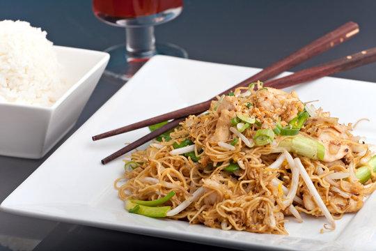 Thai Lo Mein Noodles