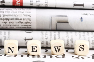 NEWS vor Zeitungen