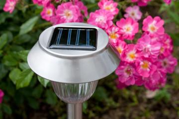 Solarleuchte im Garten I