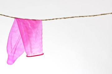 Kondom auf Wäscheleine