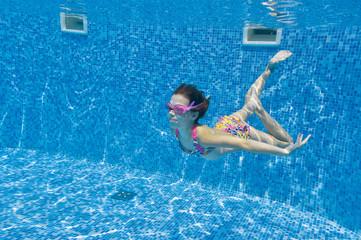 Underwater kid in swimming pool