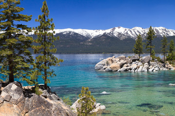 Wall Mural - beautiful Lake Tahoe with view on Sierra Navada mountains