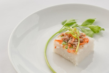 Stream Radish cake with Minced pork and dried salted prawn