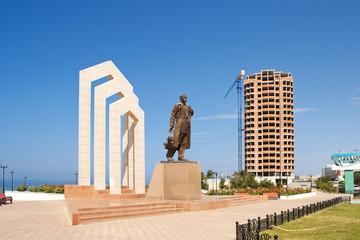 Foto op Textielframe Artistiek mon. Monument Tobaniyazu Alniyazuly in Aktau.