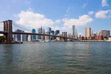 Fotobehang Amerikaanse Plekken New York City, Brooklyn Bridge and Manhattan skyline