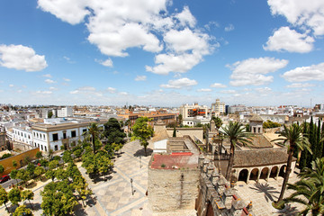 Blick auf Jerez de la Frontera mit Alcazar, Spanien