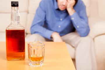 Ahogando las penas en el alcohol