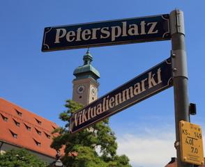 Viktualienmarkt, Petersplatz und Heilig Geist Kirche