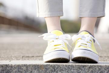 女性の足元
