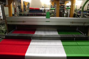 tessitura con bandiera