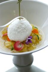 dessert tropical à l'ananas et le coco