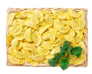 Ravioli ricotta e spinaci - Pasta fresca ripiena
