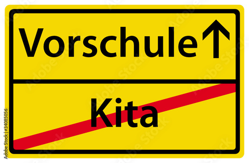 """""""vorschule nach kita ortsausgangsschild"""" stockfotos und"""