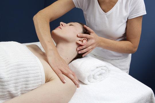 massage bien-être du haut du corps
