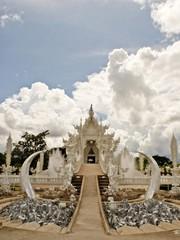 Wat Rhong Khun with Thai Stucco
