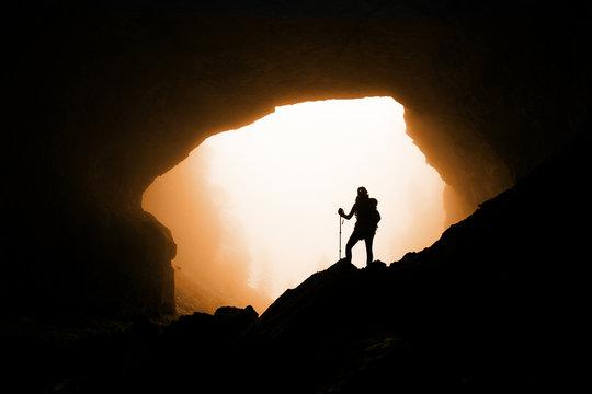 Grotte en montagne