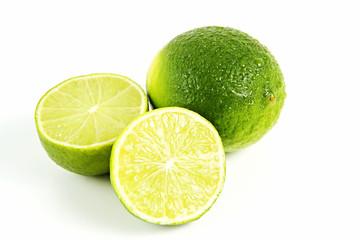 Limette mit Hälften freigestellt