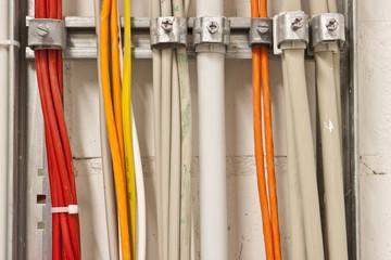 Strom und  Datenkabel