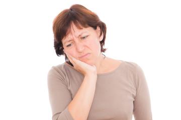 frau hat zahnschmerzen