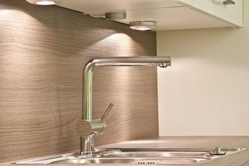 Küche Wasserhahn © Matthias Buehner
