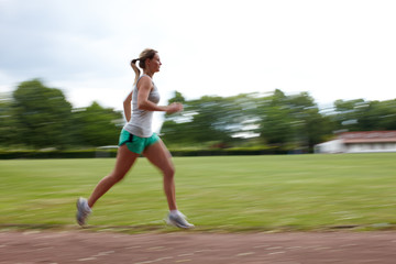 Frau beim Laufen