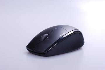 Cordless optical mouse