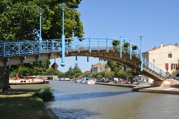 Pont pieton Homps (Canal du Midi)