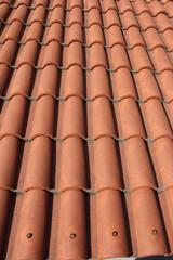 Halbrunde Dachziegel