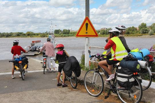 Traversée de la Loire en vélo