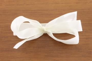 White bow