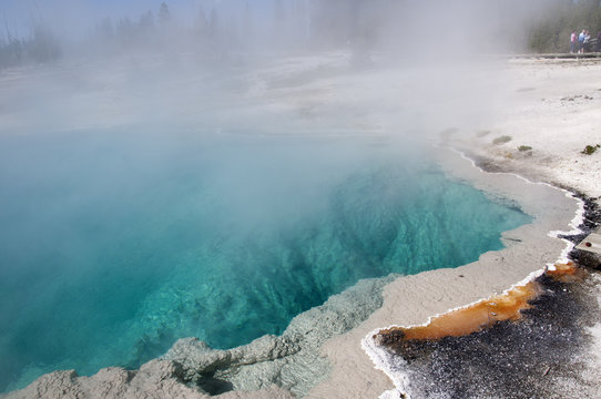 Geothermal pool in Yellowstone National Park,Wyoming USA