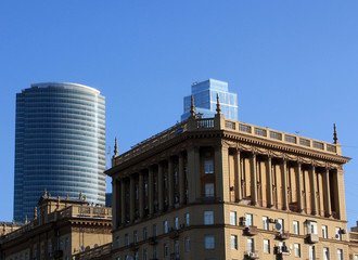 Building on Kutuzov Avenue in Moscow