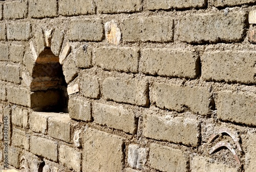 Muro in mattoni di tufo immagini e fotografie royalty - Mattoni in tufo per giardino prezzi ...