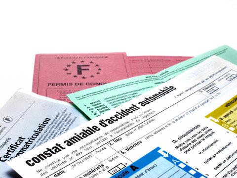 papiers d'identité, constats, soyez prévoyant !