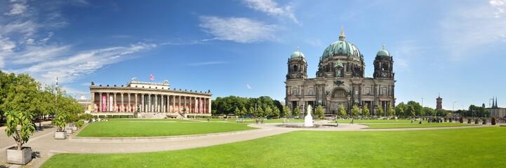 Tuinposter Berlijn Berlin - Lustgarten mit Dom und Altes Museum
