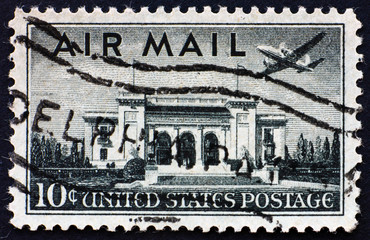 Postage stamp USA 1947 Plane over Pan American Union Building